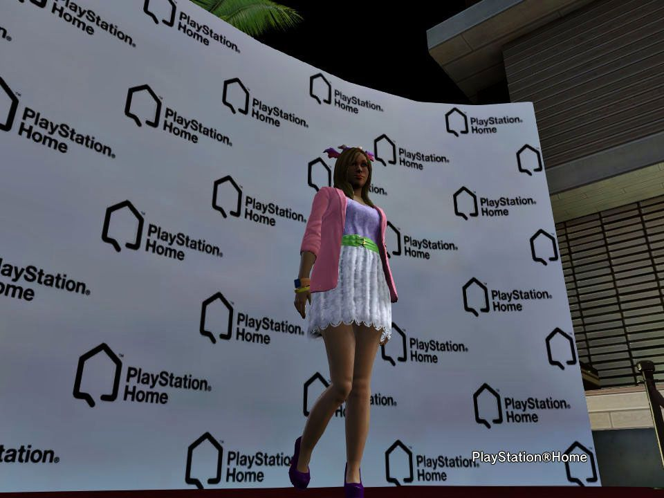 The Ladies Fashion Runway, Gojin, Oct 19, 2012, 1:02 AM, YourPSHome.net, jpg, PlayStation(R)Home Picture 18-10-2012 15-45-39.jpg
